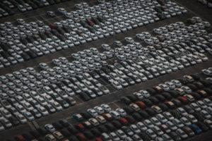 parc de stockage voitures